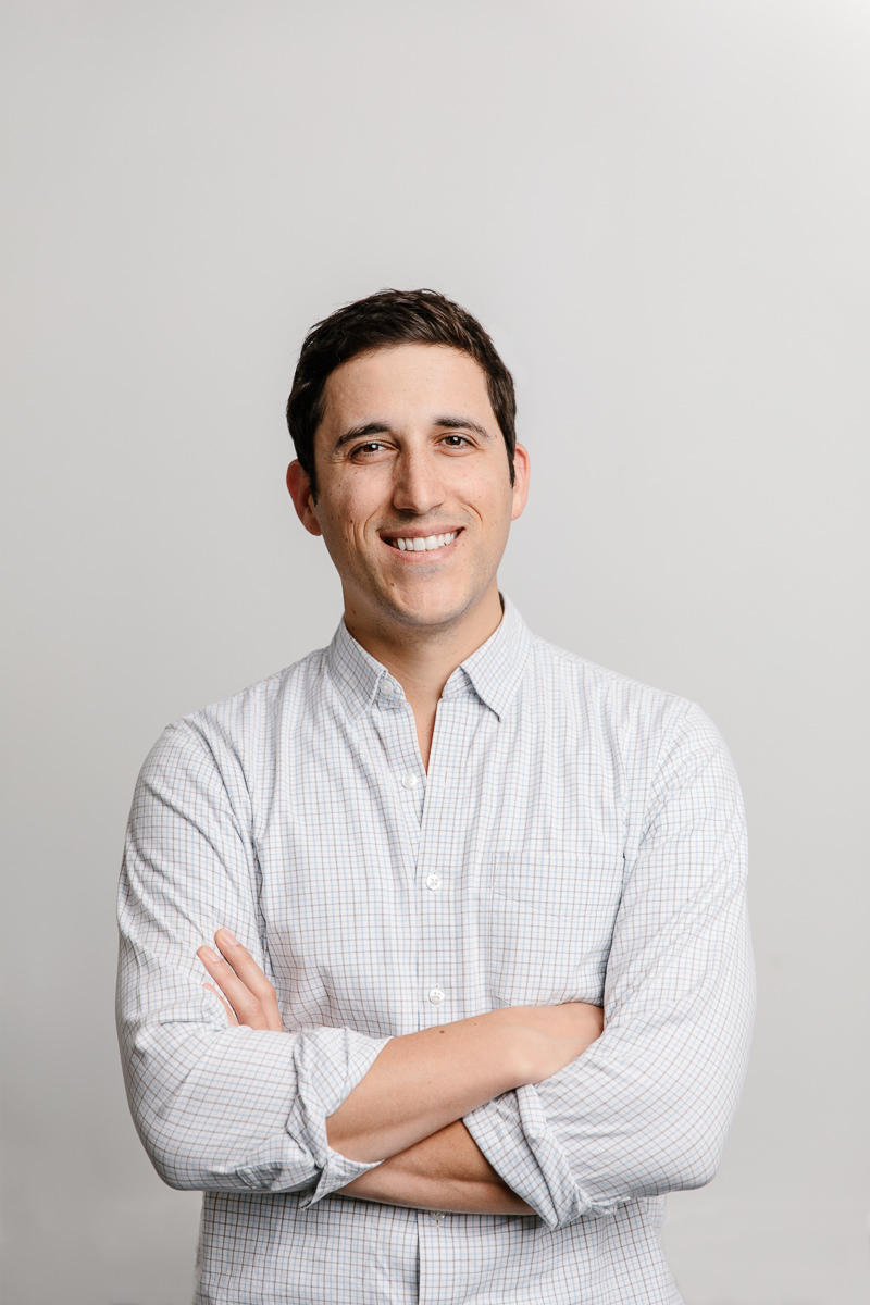 Headshot of Daniel Perez Hinge Health Co-Founder