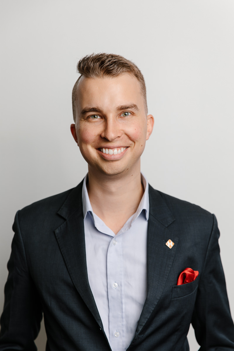 Headshot of Gabriel Mecklenburg Hinge Health Co-Founder